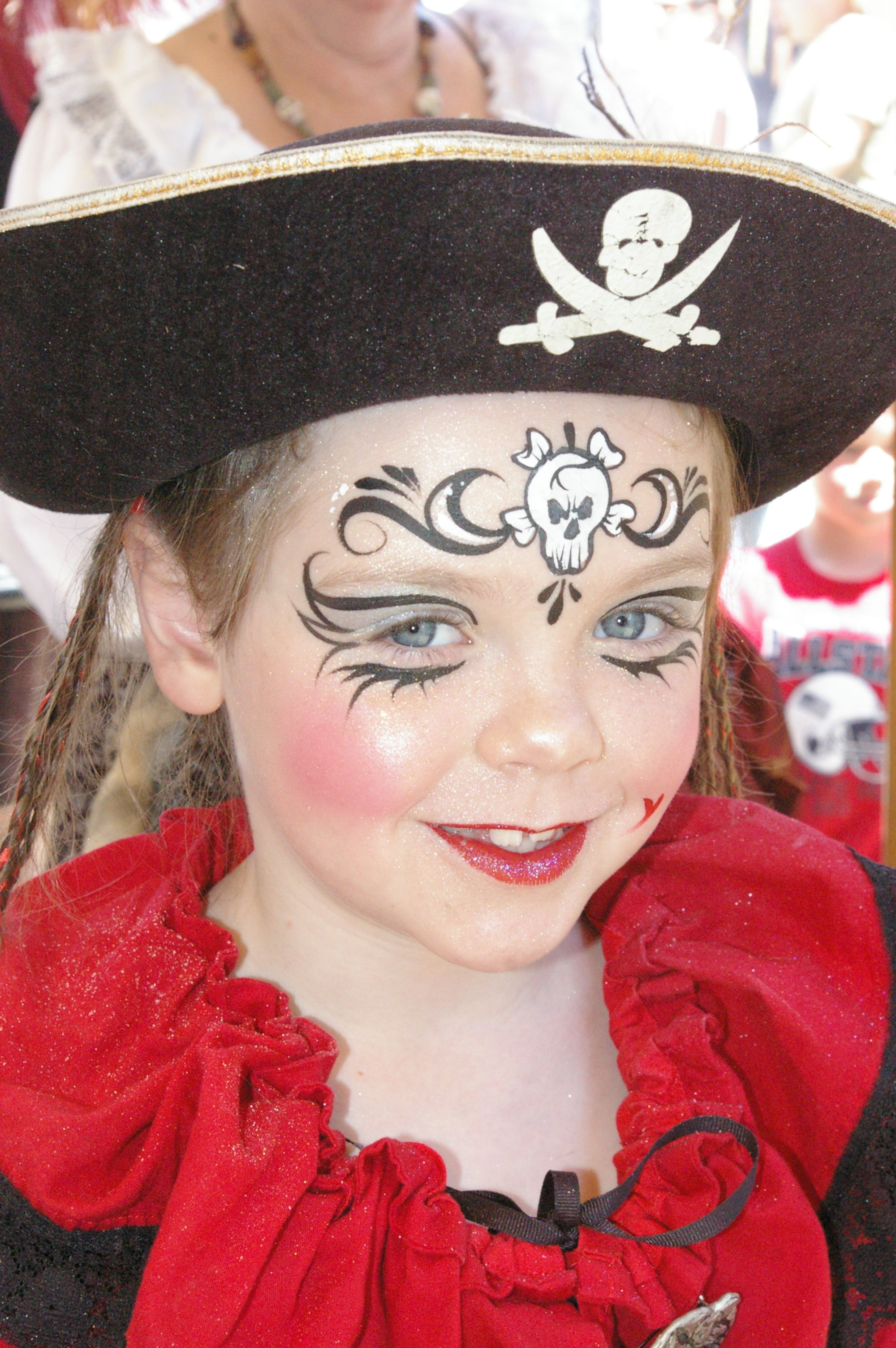 1000 images about face painting on pinterest - Maquillage pirate fille ...